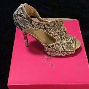 Shoe Dazzle Shoes - 4in heels